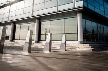 Ross Technology (XL-2500/2600) Heald Mantis PAS 68 IWA 14-1 Shallow Mount Fixed Bollards